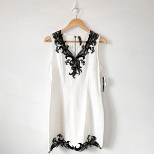 Design Lab White Sheath Dress Black Crochet Lace Sz L